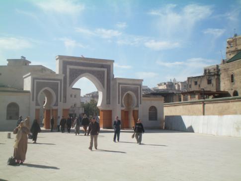 Ein Stadttor im Südosten von Fez, das Bab Rcif