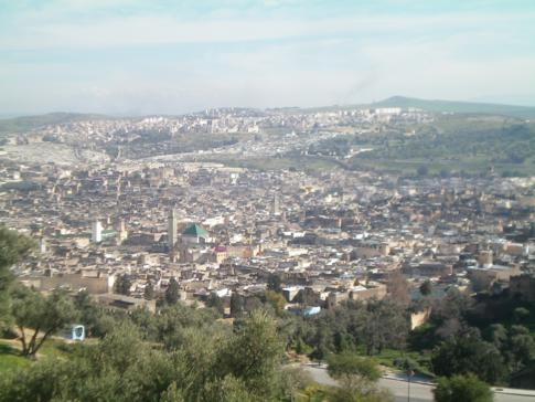 Ausblick auf die Medina von Fez vom Hotel Les Merinides