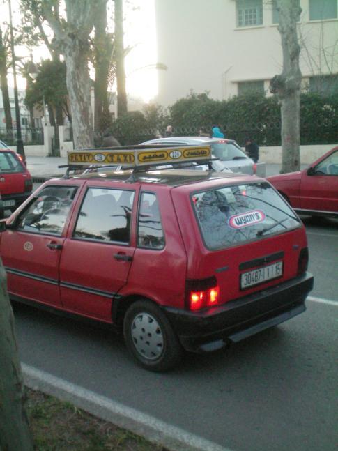 Ein Petit Taxi in Fez, die praktischste Form der Fortbewegung
