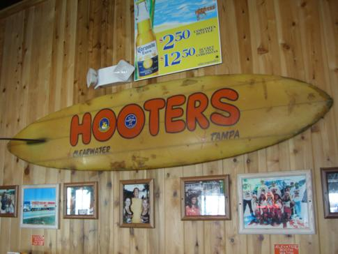 Ein Hooters-Restaurant in Clearwater, Florida