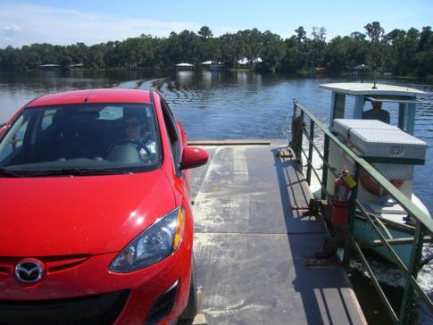 Unser Mietwagen auf der Fort Gates Ferry