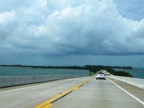Auf dem Weg von Miami nach Key West entlang des Overseas Highway