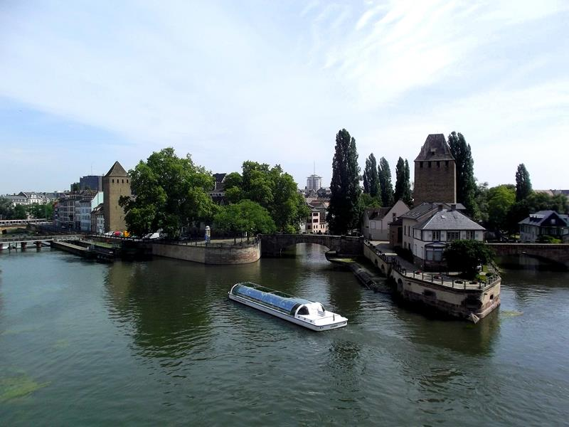 Ausblick vom Barrage Vauban auf Petit France