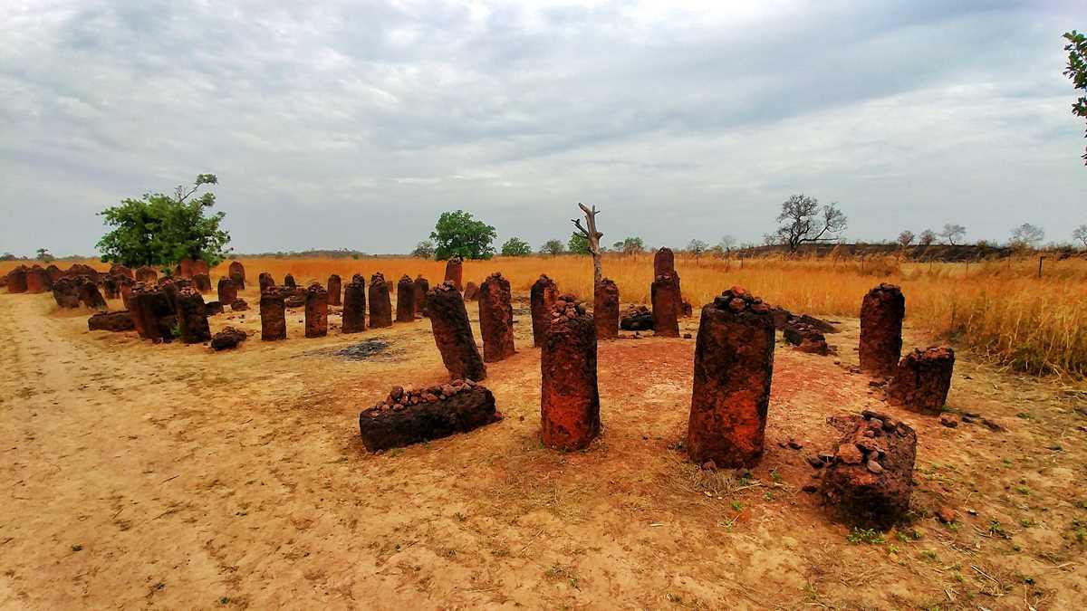 Die Wassu Stone Circles, das einzige UNESCO-Welterbe in Gambia