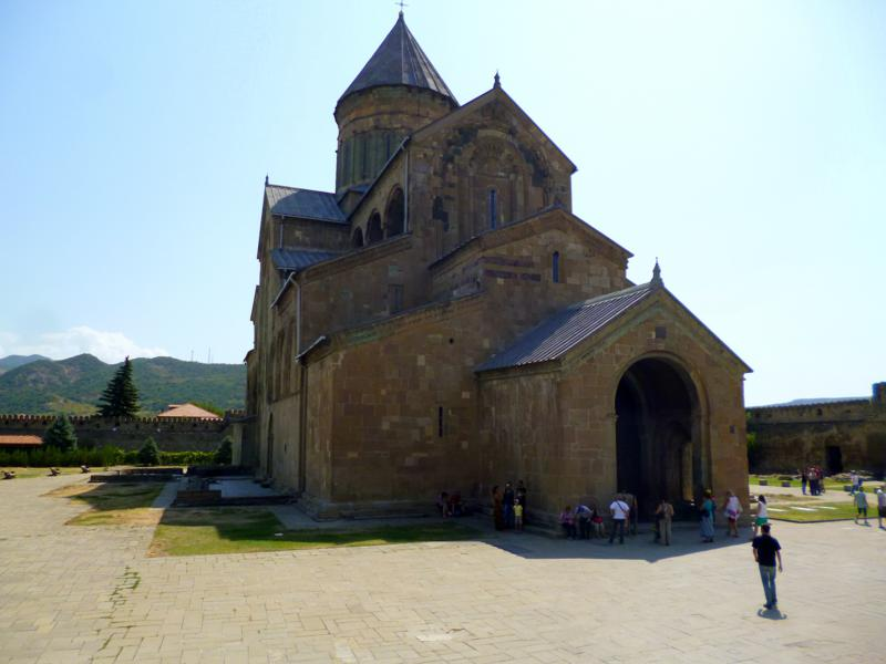 Die historische Swetizchoweli-Kathedrale in Mtskheta