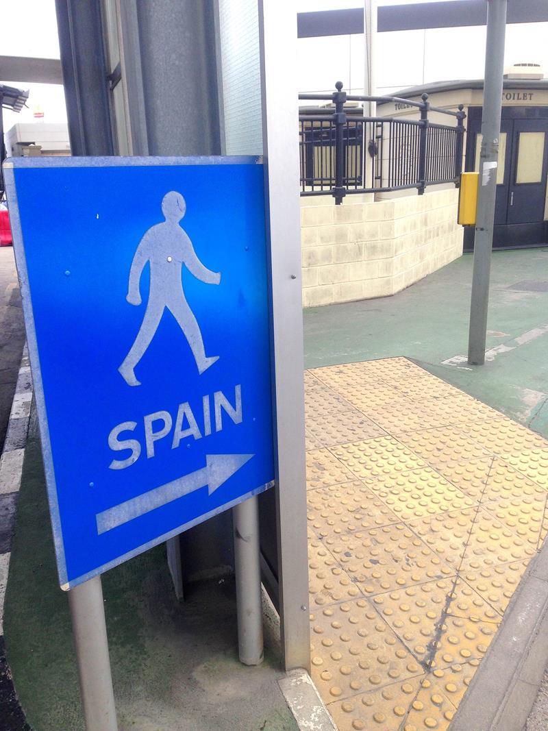 Der Grenzübergang zwischen Spanien und Gibraltar