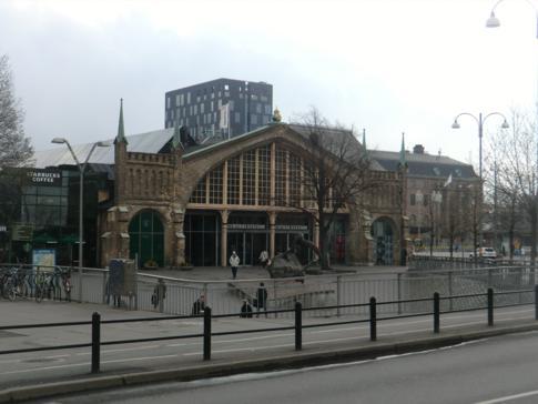 Der Hauptbahnhof von Göteborg, direkt neben den Nils Ericson Terminalen