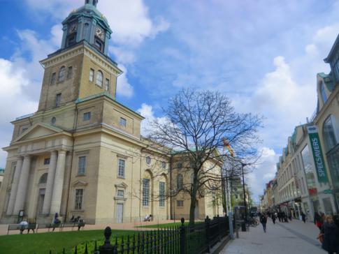 Die Domkirche, direkt in der Fußgängerzone von Göteborg
