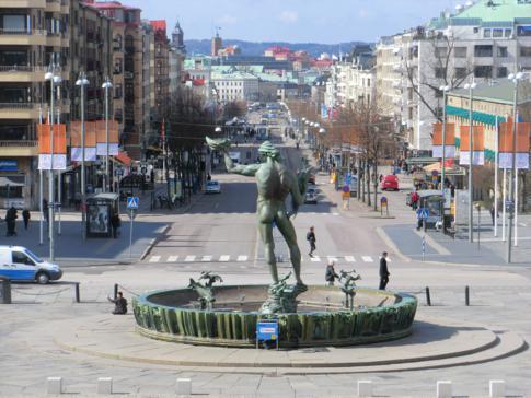 Blick vom Götaplatsen auf die Kungsportsavenyen