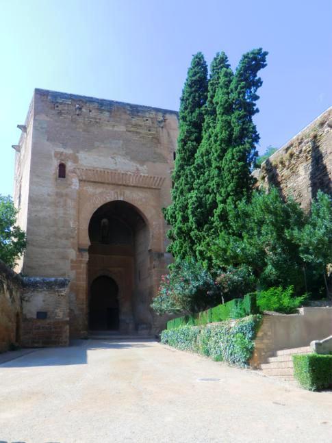 Die Puerta de la Justicia, südwestlicher Eingang der Alhambra