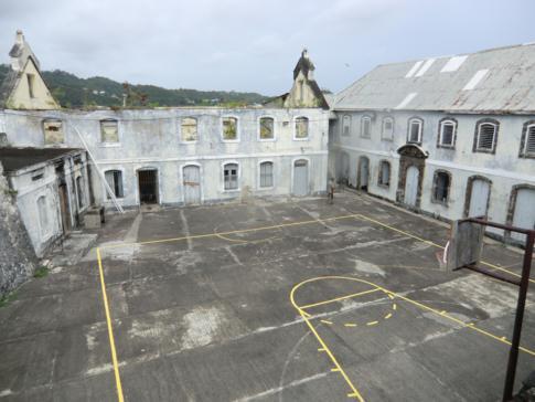 Der Innenhof im Fort George