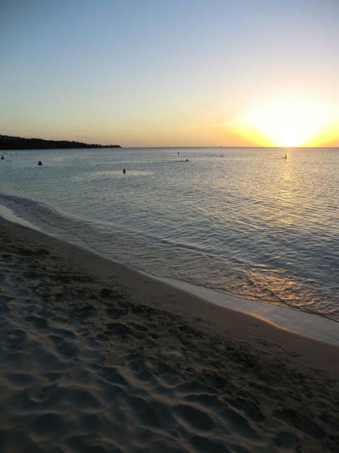 Sonnenuntergang am Grand Anse Beach
