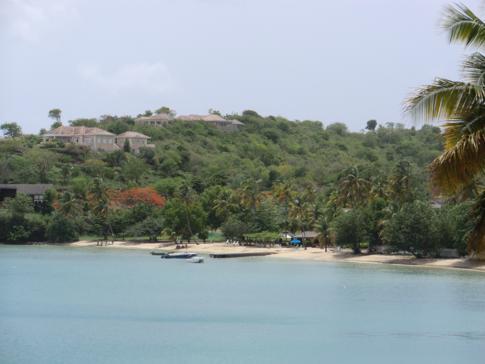 Blick von Lance aux Epines auf die Prickly Bay