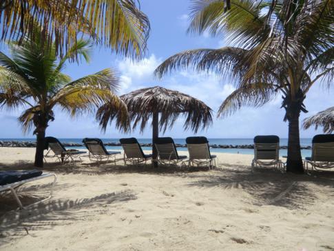 Entspannung pur am Pink Gin Beach in Grenada