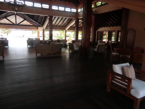 Die Terrace Bar & Lounge, ein Teil des gastronomischen Angebots im La Source Hotel in Grenada