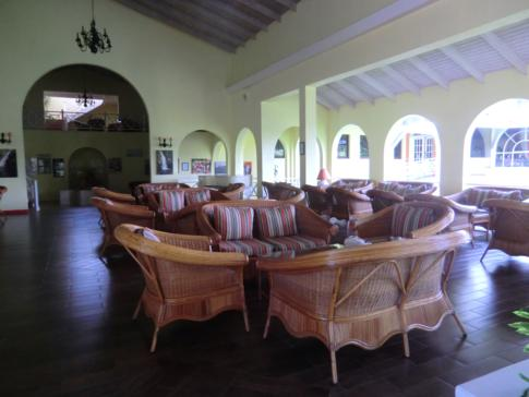 Die Grenadian Lounge im Grenadian by Rex Resorts, einem Hotel in Grenada
