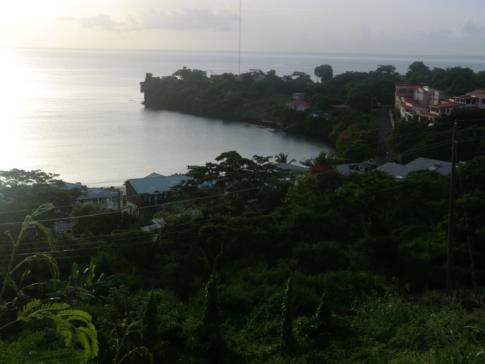 Blick auf die Morne Rouge Bay in Grenada
