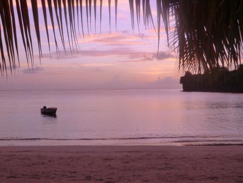 Sonnenuntergang am BBC Beach in der Morne Rouge Bay