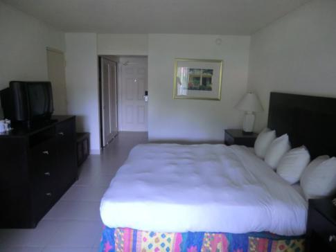 Ein Gartenblick-Zimmer im Grenada Grand Beach Resort