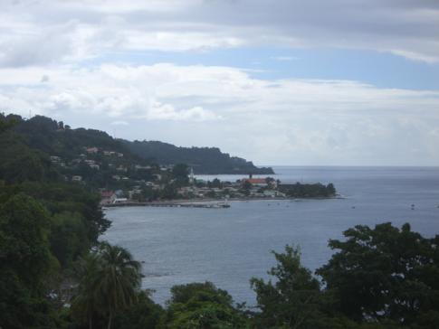Blick auf Gouyave an der Westküste von Grenada