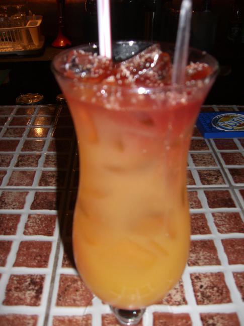Leckerer Cocktail in der Cabier Ocean Lodge mit selbst gemachten Rumpunsch