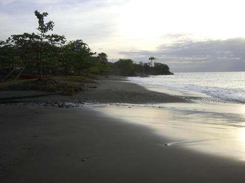 Die schöne Palmiste Bay in Grenada kurz vor Gouyave
