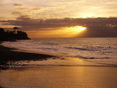 Die schöne Palmiste Bay in Grenada kurz vor Gouyave beim Sonnenuntergang