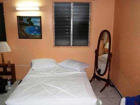 Unser Doppelzimmer im Rainbow Inn in Grenville