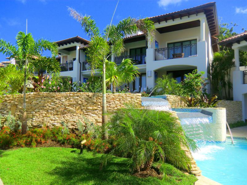 Das South Sea Village des Sandals La Source Grenada