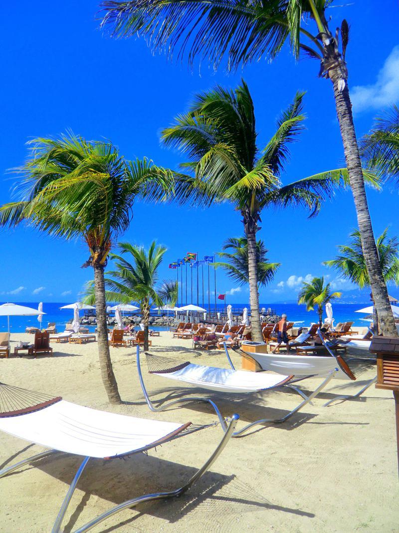 Der Pink Gin Beach im Sandals La Source Grenada