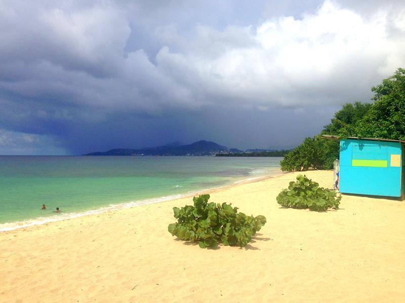 Der Magazine Beach im Süden der Insel