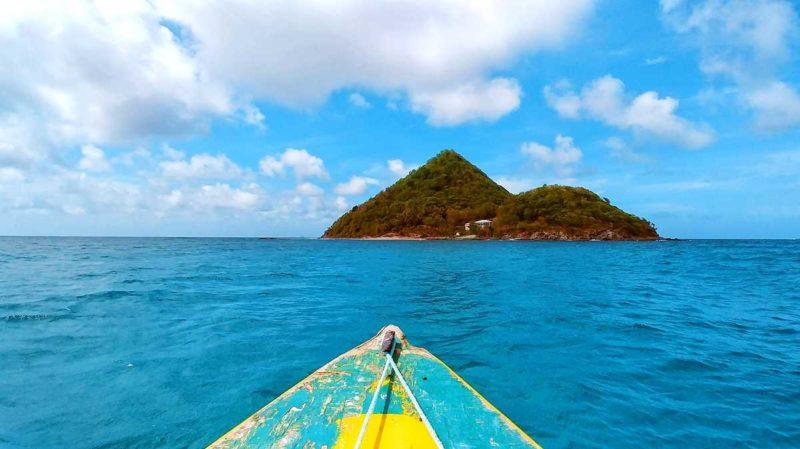 Anfahrt mit dem Boot vom Norden Grenadas nach Sugar Loaf Island