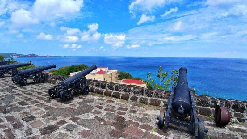 Das Fort St. George in der Hauptstadt St. Georges