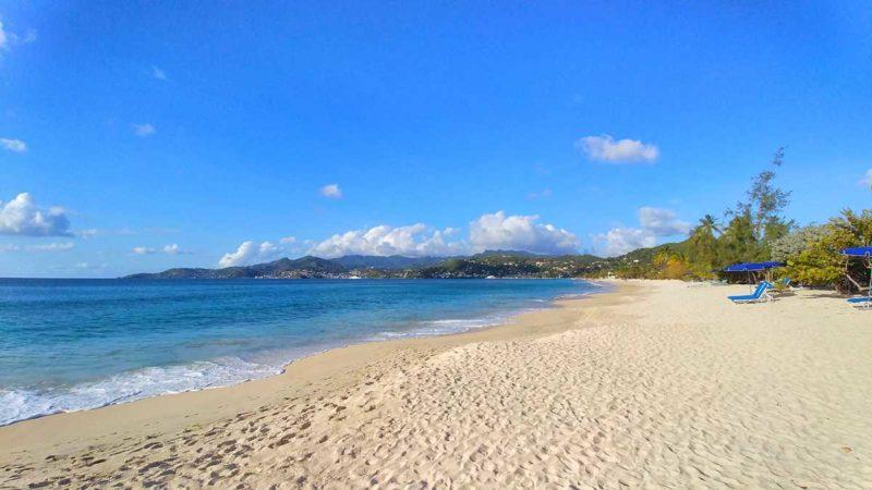 Der wunderschöne Grand Anse Beach, immer noch einer der schönsten Strände von Grenada