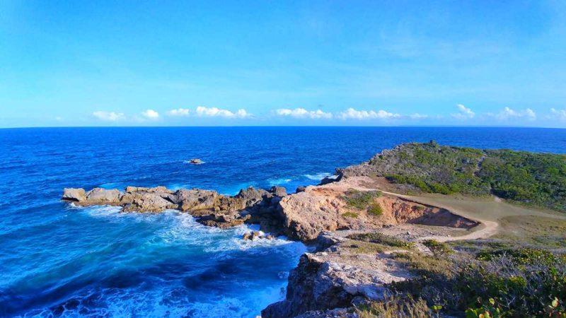 Der östlichste Punkt von Guadeloupe, der Pointe des Chateaux