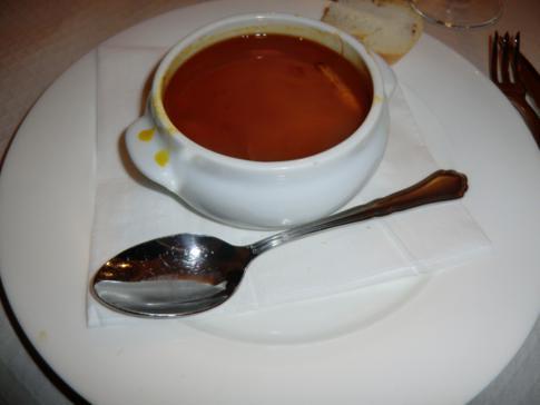 Gutes Abendessen in Guadix - spanische Fischsuppe