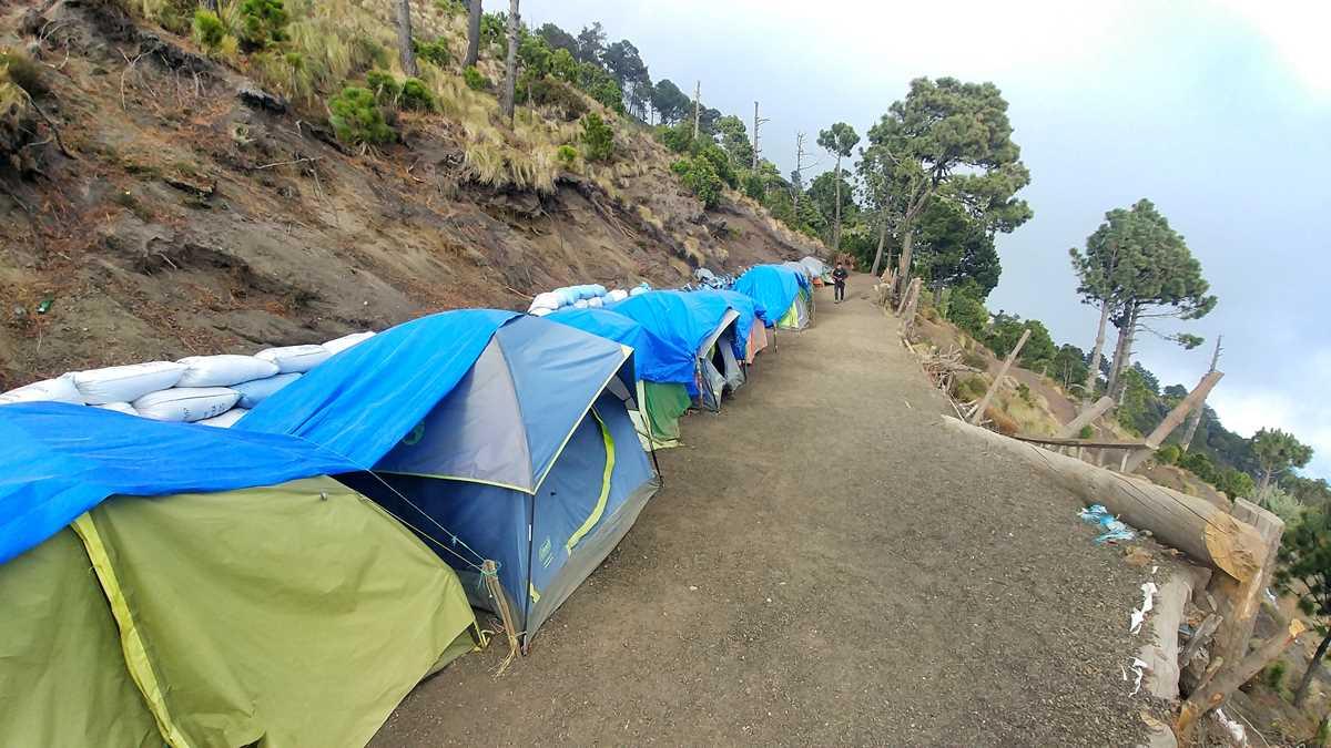 Das Base-Camp am Acatenango-Vulkan auf rund 3500 Meter Höhe