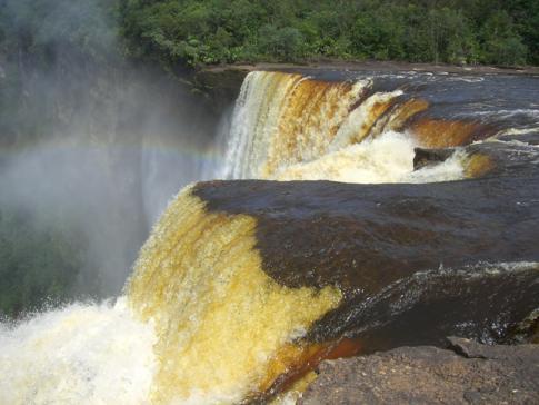 Beeindruckende Kaieteur Falls in Guyana