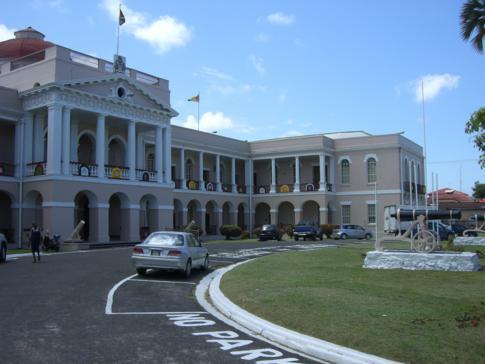 Das Regierungsgebäude von Georgetown in Guyana