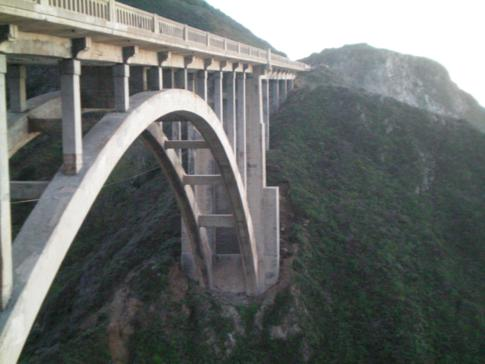 Highway No. 1 zwischen Monterey und Big Sur: Bixby Creek Bridge