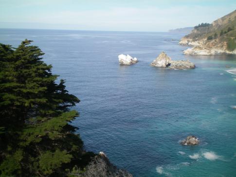 Der Highway No. 1 zwischen Big Sur und San Simeon: Julia Pfeiffer State Park