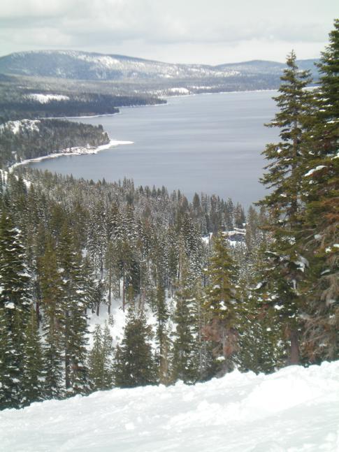Blick auf den Lake Tahoe (von der Piste El Capitan)