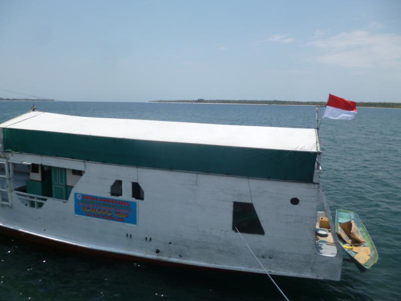 Mit dem Boot von Lombok nach Flores – Backpacker-Kreuzfahrt mit Wanua Adventures