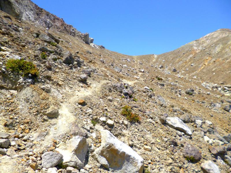 Den Gipfel des Gunung Egon im Blick ...
