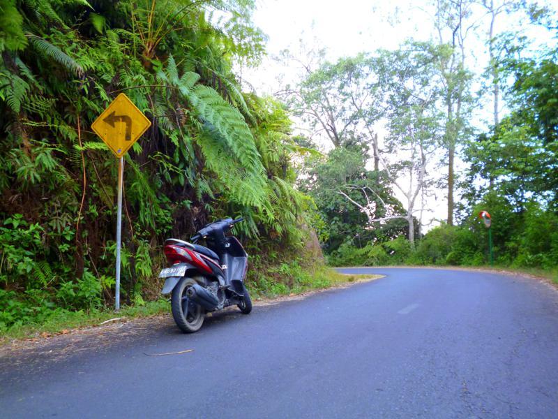 Mopedtour zum Kelimutu National Park