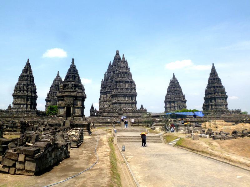 Prambanan - eine der beiden Unesco-Weltkulturerbe bei Yogyakarta