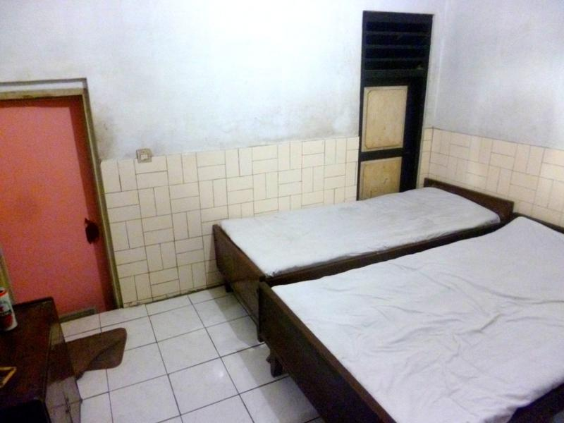 Das schäbige Handayani Hotel in Semarang auf Java, Indonesien
