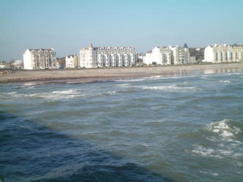 Blick vom Ramsey Pier auf die Mooragh Promenade