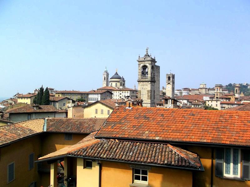Der Parco della Rocca in der Citta Alta von Bergamo