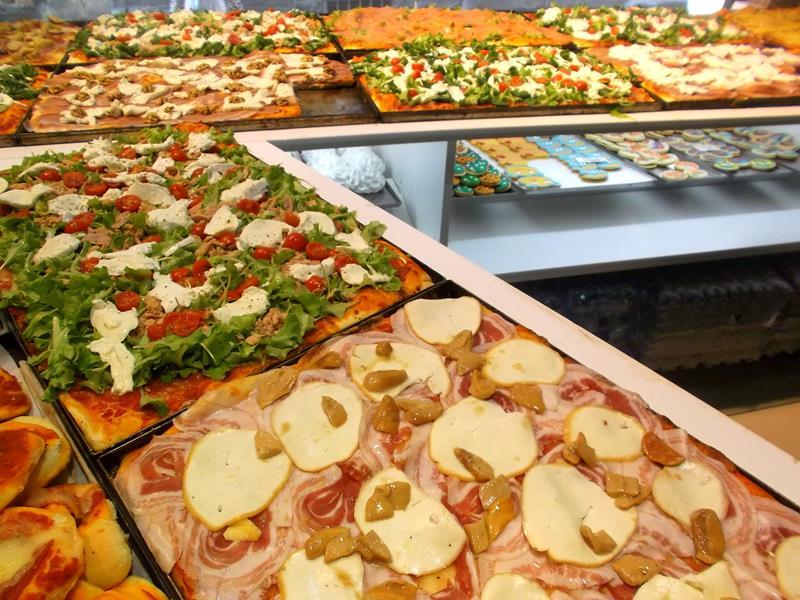 Pizza, einer der Klassiker in Italien